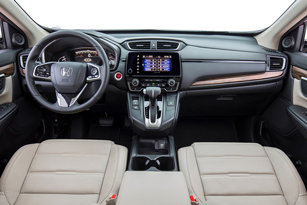 cabin-of-Honda-CR-V