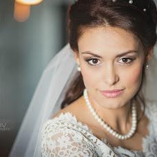 Wedding photographer Roman Gukov (GRom13). Photo of 19.05.2015