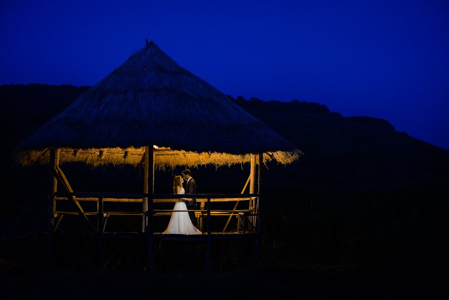 Wedding photographer Cristian Sabau (cristians). Photo of 30.10.2015