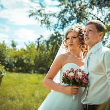 Wedding photographer Ekaterina Egorova (katrinlegacy). Photo of 11.08.2014