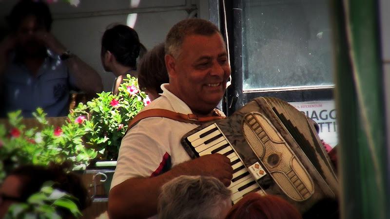 Musicista di strada di Carlo de Lauro