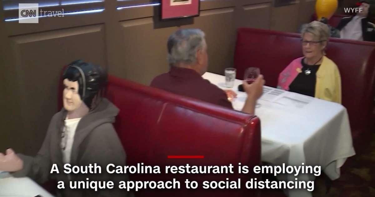 Blow-up dolls replace diners at this restaurant