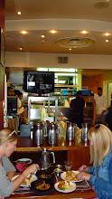 Photo: Skvělá pakistánská kuchyně (restaurace se nachází kousek od Brick Lane, nedaleko zastávky metra Whitechapel). Více najdete na stránkách restaurace http://www.tayyabs.co.uk.