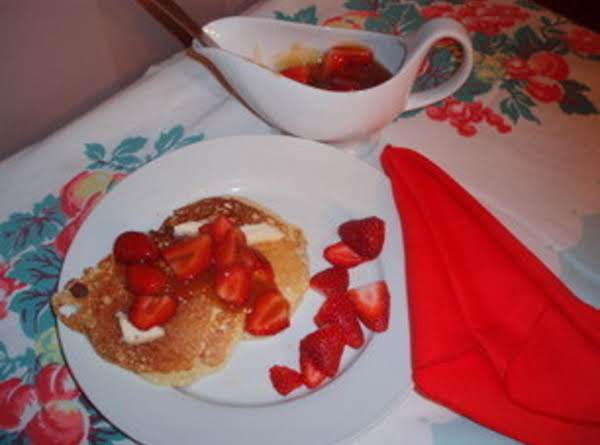 Buttermilk Pancakes With Strawberry Sauce