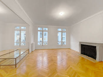 Appartement 6 pièces 192,5 m2