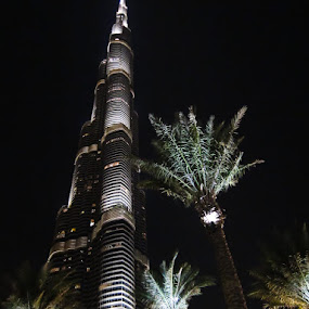 The Burj Khalifa by Anthony Schwab - Buildings & Architecture Other Exteriors ( anthonyschwab.com, on the streets of dubai, the burj khalifa )