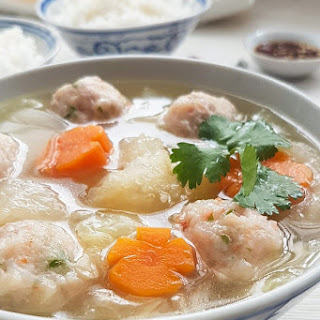 Fish Maw with Prawn Meatballs Soup.
