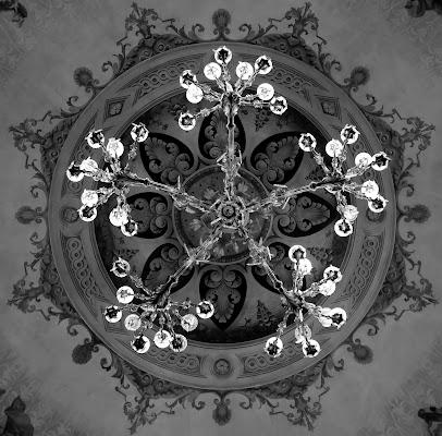 Il lampadario di Damocle di Enoisullillusione