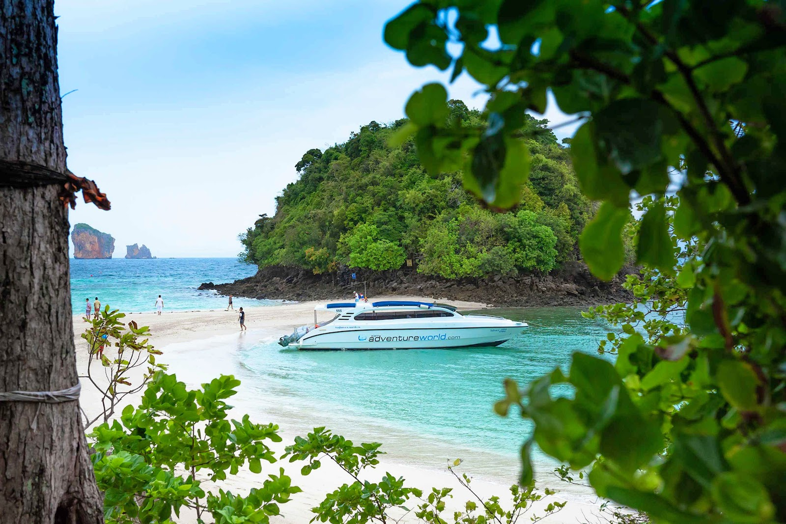 Early Bird Tour to 4 Islands & Railay Beach by Siam Adventure World from Phuket