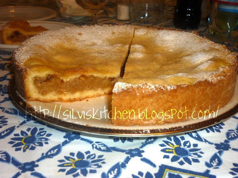 Photo: http://silviskitchen.blogspot.com/ Crostata di mele