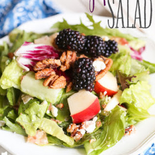 Blackberry & Pear Salad with Red Wine Poppyseed Vinaigrette