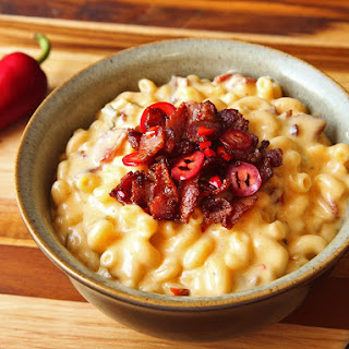 Bacon-Jalapeño Stovetop Mac and Cheese