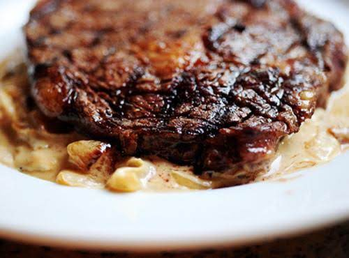 Rib-eye Steak With Blue Cheese And Onion Sauce Recipe