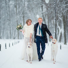 Wedding photographer Evgeniy Romanov (POMAHOB). Photo of 07.12.2017
