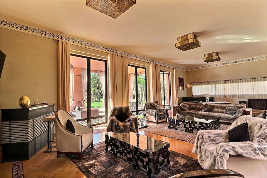 Vente villa 9 pièces 1089 m² à Mont-de-Marsan (40000), 2 500 000 €