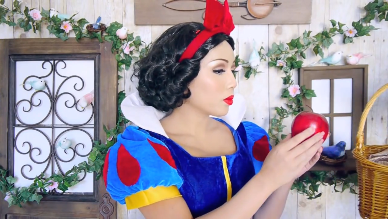 Snow White Makeup- screenshot