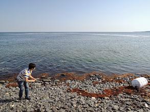 Photo: しばし水切りを嗜む。何故か奥村の腕に激痛が走った。