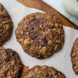 Teff Oatmeal Chocolate Chip Cookies.