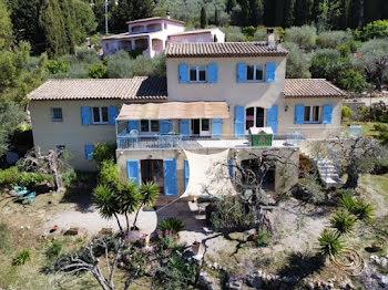 villa à Cabris (06)