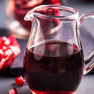 Homemade Pomegranate Juice with Ginger