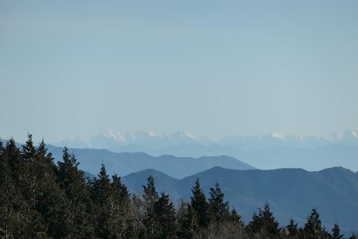 左から木曽駒ヶ岳・三沢岳・熊沢岳・空木岳など