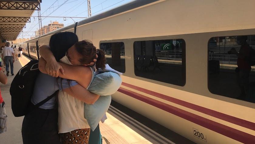 Imagen captada el pasado miércoles con la llegada del primer Intercity a la Estación Intermodal de Almería capital.