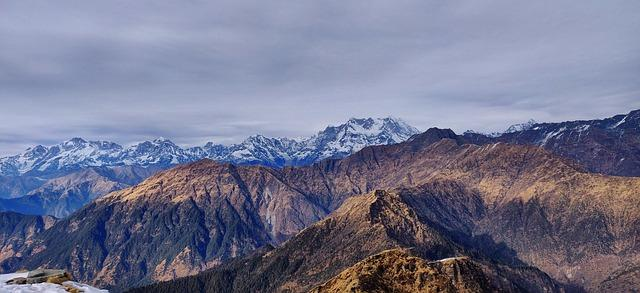 Chandrashila Trek - How to Reach and Travel Guide