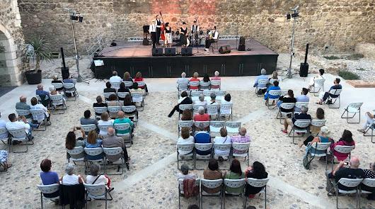 El jazz continúa adelante en Carboneras bajo medidas de seguridad