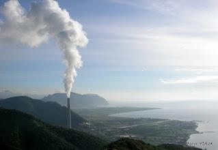 Photo: Termik santralın gürültüsü ve dumanı bütün Ören'i ve çevreyi kaplamış. Ören-Bozalan Köyü Arası Karya(Karia) Yolu 3 Etabı - 18.01.2014