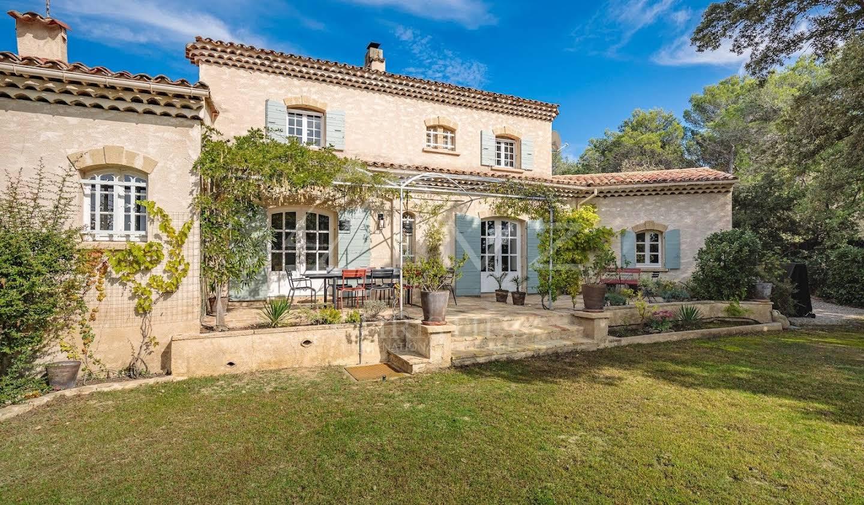 House with garden and terrace Aix-en-Provence