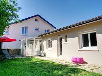 maison à Meyzieu (69)
