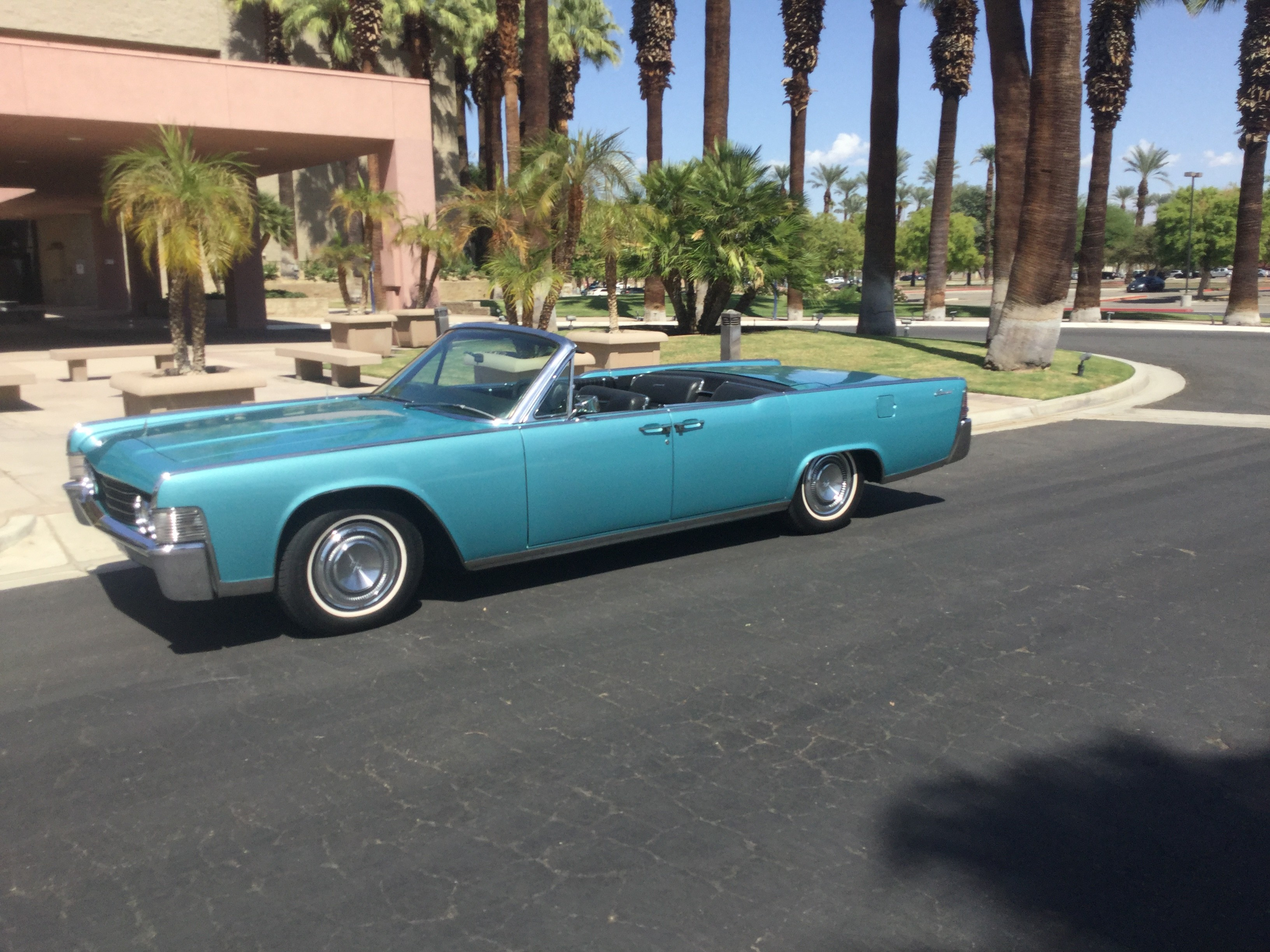 Lincoln Continental Convertible Hire Palm Springs, Ca