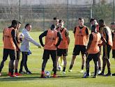 Johan Walem, le coach des U21 suit attentivement ses joueurs