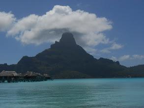 Photo: Habituales nubes en la parte alta de la isla