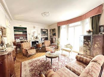 Appartement 5 pièces 152,05 m2