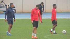 Gomes en el entrenamiento de este jueves bajo la lluvia.