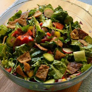 Fattoush (Lebanese Bread Salad)