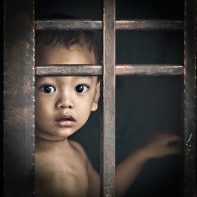 Safe I am by Izhar  Hj.Ishak - Babies & Children Children Candids