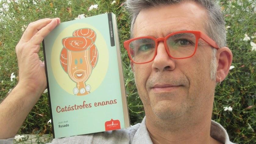 Juan José Rosado presentará su libro próximamente en la Biblioteca Villaespesa (Foto: Sabina RR).