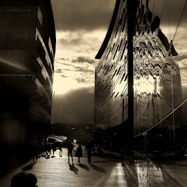 Reflect  on  the   day by Gordon Simpson - Buildings & Architecture Public & Historical