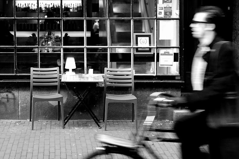 Servizio al tavolo di Luca Mandelli