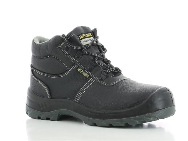 Giày bảo hộ tại Safety Jogger giúp người lao động cảm thấy an tâm hơn trong quá trình làm việc