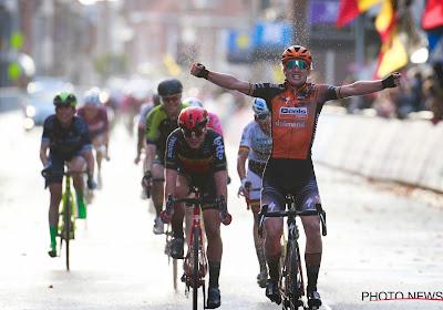 D'hoore kon goed mee op hellingen en werd eerste Belgische winnares Gent-Wevelgem