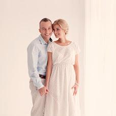 Wedding photographer Yuliya Zalnova (JuDie). Photo of 05.12.2013