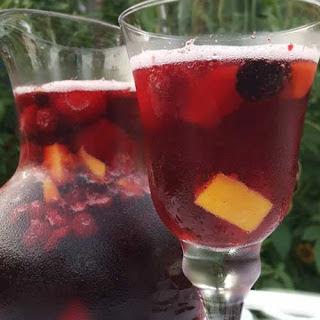 Sparkling Mango Berry Sangria Recipe