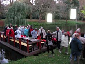 Photo: Ausstieg vom Okerfloß zum Lichtparcours