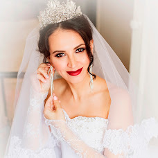 Wedding photographer Tina Koylubaeva (TinaKoylu). Photo of 25.10.2015