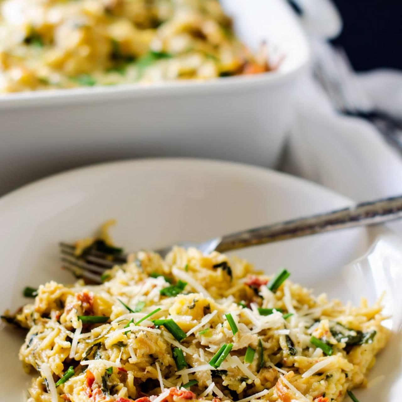 Skinny Chicken, Spinach & Sun Dried Tomato Casserole (with Quinoa