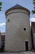 Photo: Tour pigeonnier de l'ancien château féodal