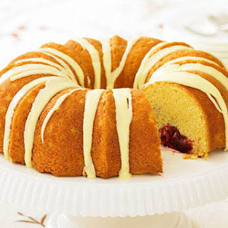 Cranberry-Filled Cheesecake Pound Cake